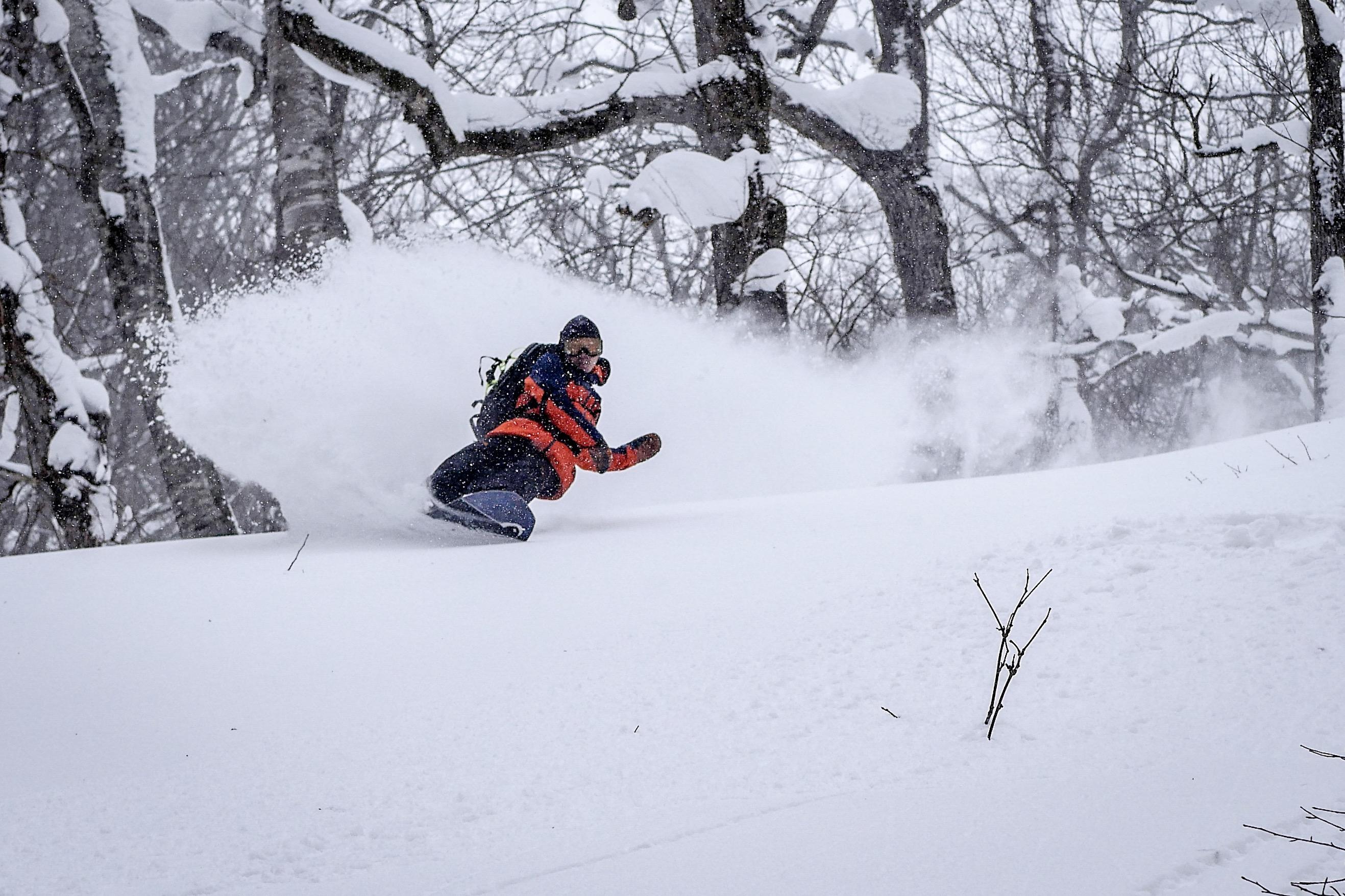 19-20モデル 日本トップのパウダースキルをもつ原田将臣が北海道の豪雪でcoreを選ぶ理由