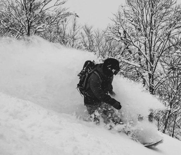 """【21-22Newモデル】DAY LYTは、パウダーも圧雪も◎!<br>""""初めてのパウダーボード""""にもピッタリ"""