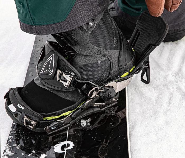 25.5cmブーツなら<br>バインディングはSとM、どっちが適正?